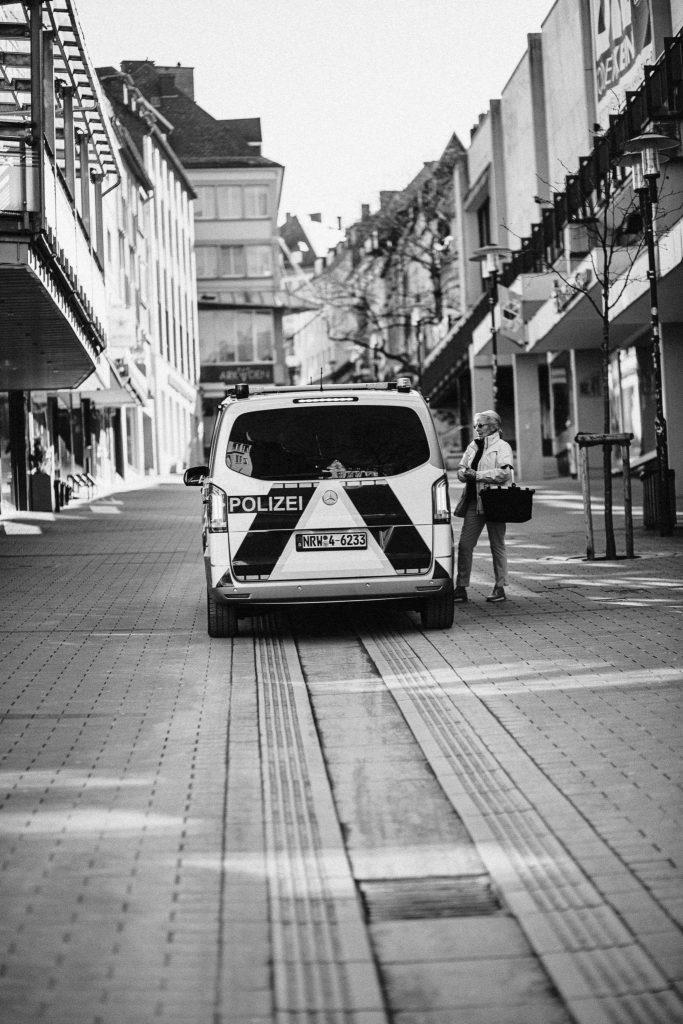Polizei Hilfe Siegen Corona Fotografie