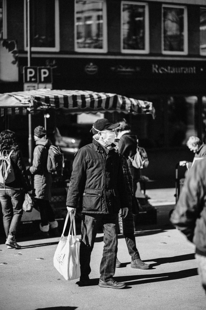 Schutzmaske Siegen Corona Fotograf Streetphotography